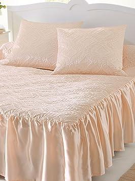 couvre lit prix Couleurs & prix   Couvre lit satin, 3 volants   Ecru   141: Amazon  couvre lit prix
