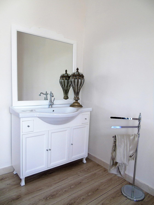 Gallery of fabulous arredo bagno shabby chic bianco con lavabo mobile bagno amazonit casa e - Mobile bagno classico bianco ...