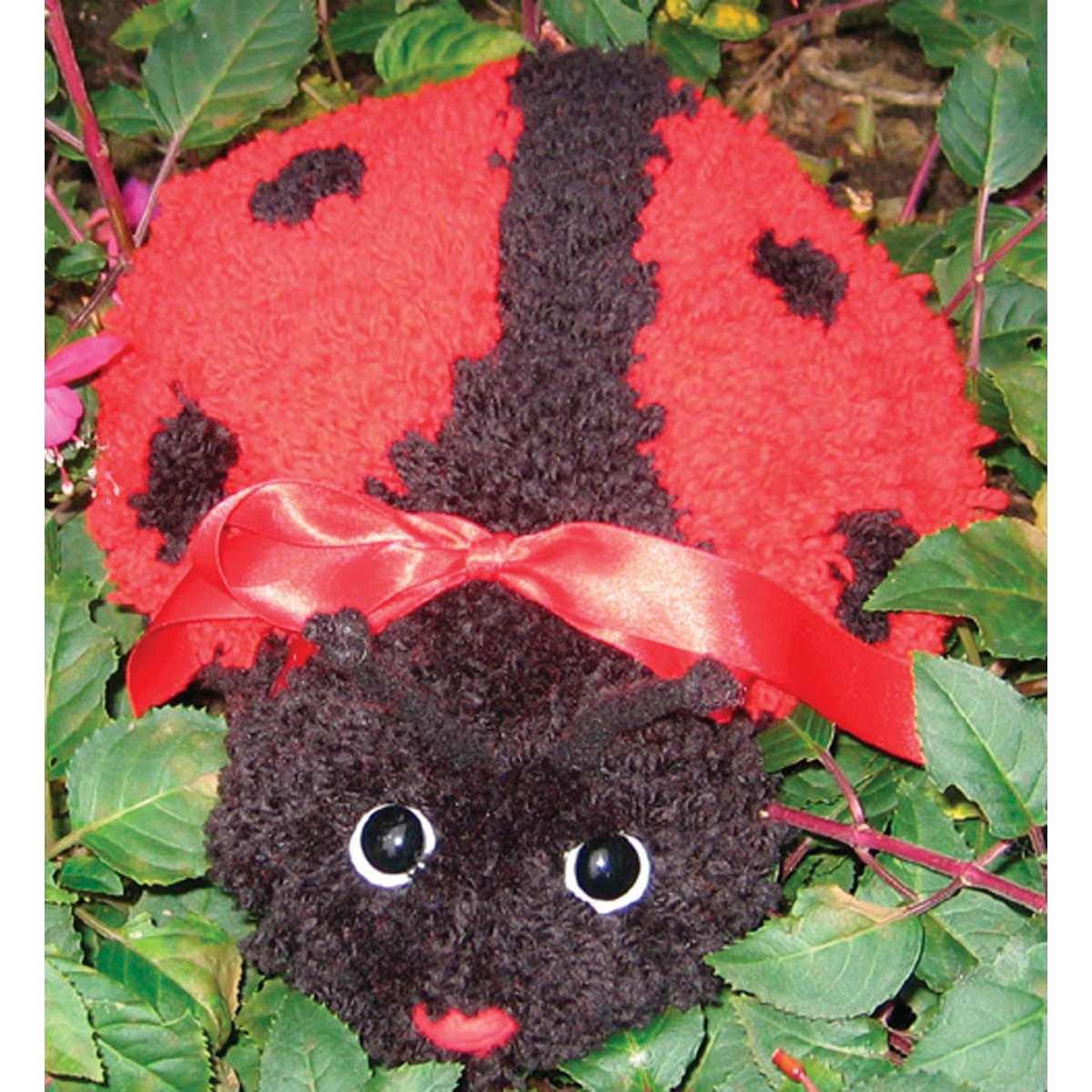 M C G Textiles 36120 Huggables Animal Ladybug Latch Hook Kit
