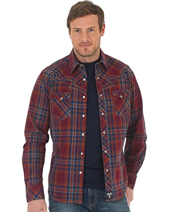 81a457d4f7b Wrangler Men s Rock 47 by Plaid Two Pocket Snap Long Sleeve Shirt Red Small