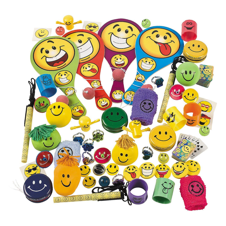 Fun Express - Mega Smile Face Novelty Asst (250pc) - Toys - Assortments - 250Pc Assortments - 250 Pieces by Fun Express
