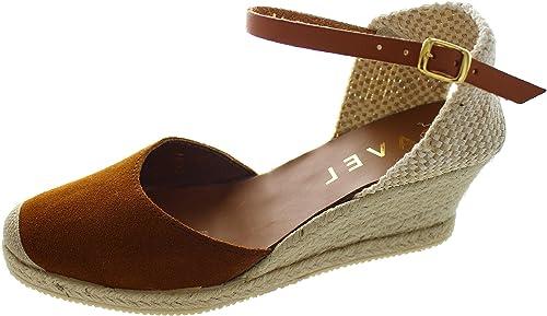 211e92f3ea5 Ravel Women s Etna Suede Ankle Strap Sandals  Amazon.co.uk  Shoes   Bags