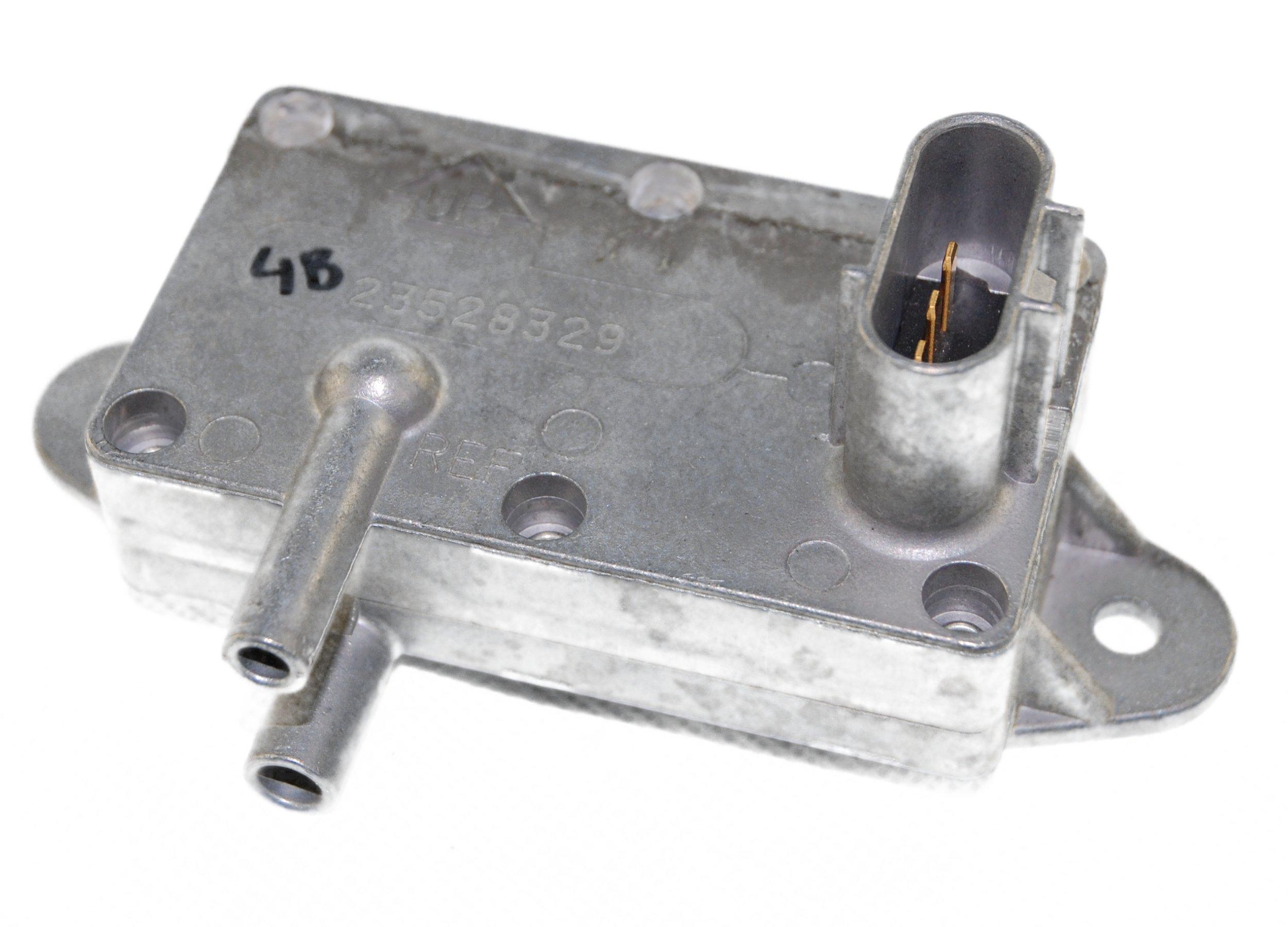 Detroit Diesel 23528329 Delta Pressure Sensor