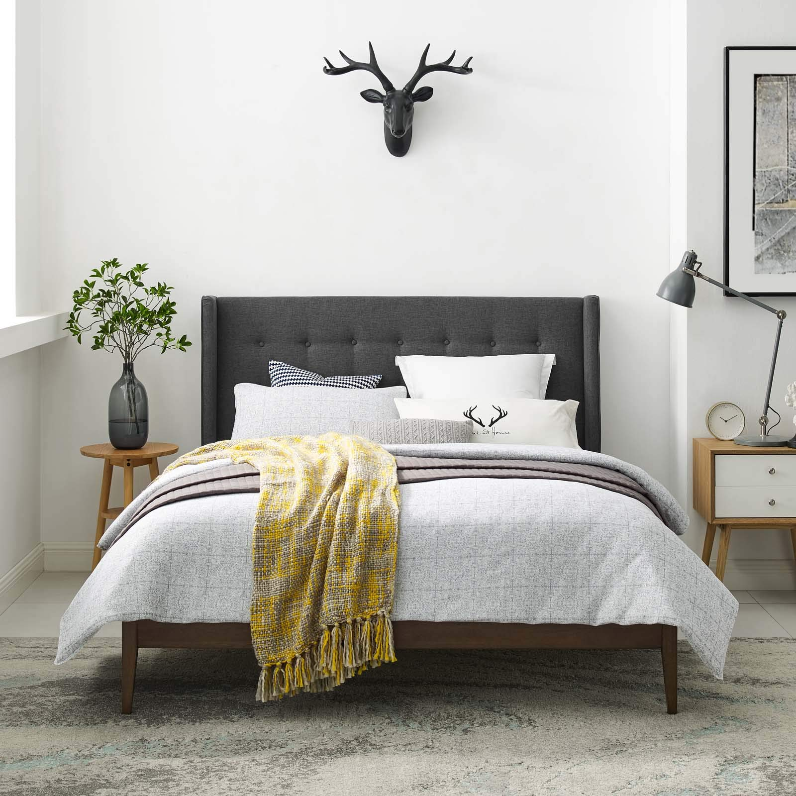Modway Hadley Mid-Century Upholstered Fabric Wingback Queen Platform Bed in Gray by Modway