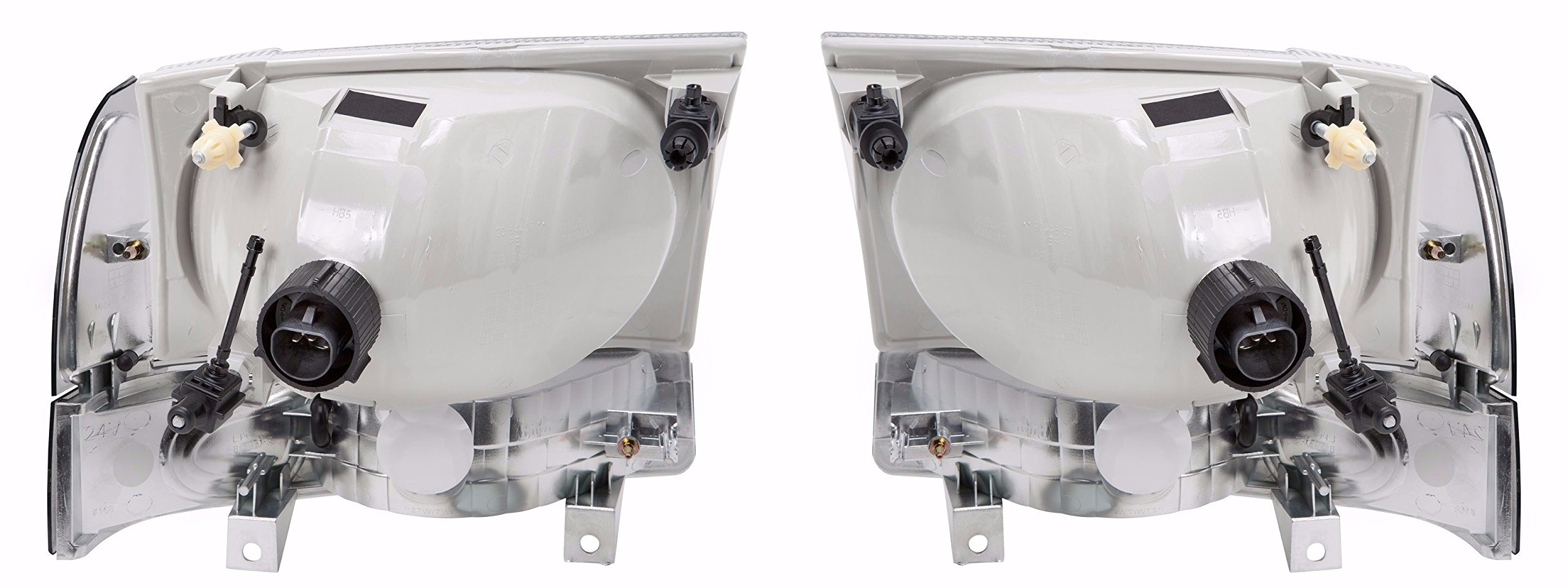 Fleetwood Discovery 2003-2006 RV Motorhome Pair (Left & Right) Diamond Clear Front Headlights Turn Signal Lights Lamps 4 PC Set by BuyRVlights (Image #1)