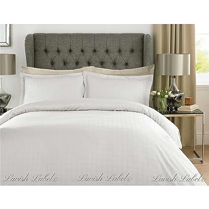 94eecb2254 Luxury Hotel Collection Duvet Cover Set 400 Thread Count 100% Cotton Satin  Stripe Check Bedding - White- Double: Amazon.co.uk: Kitchen & Home