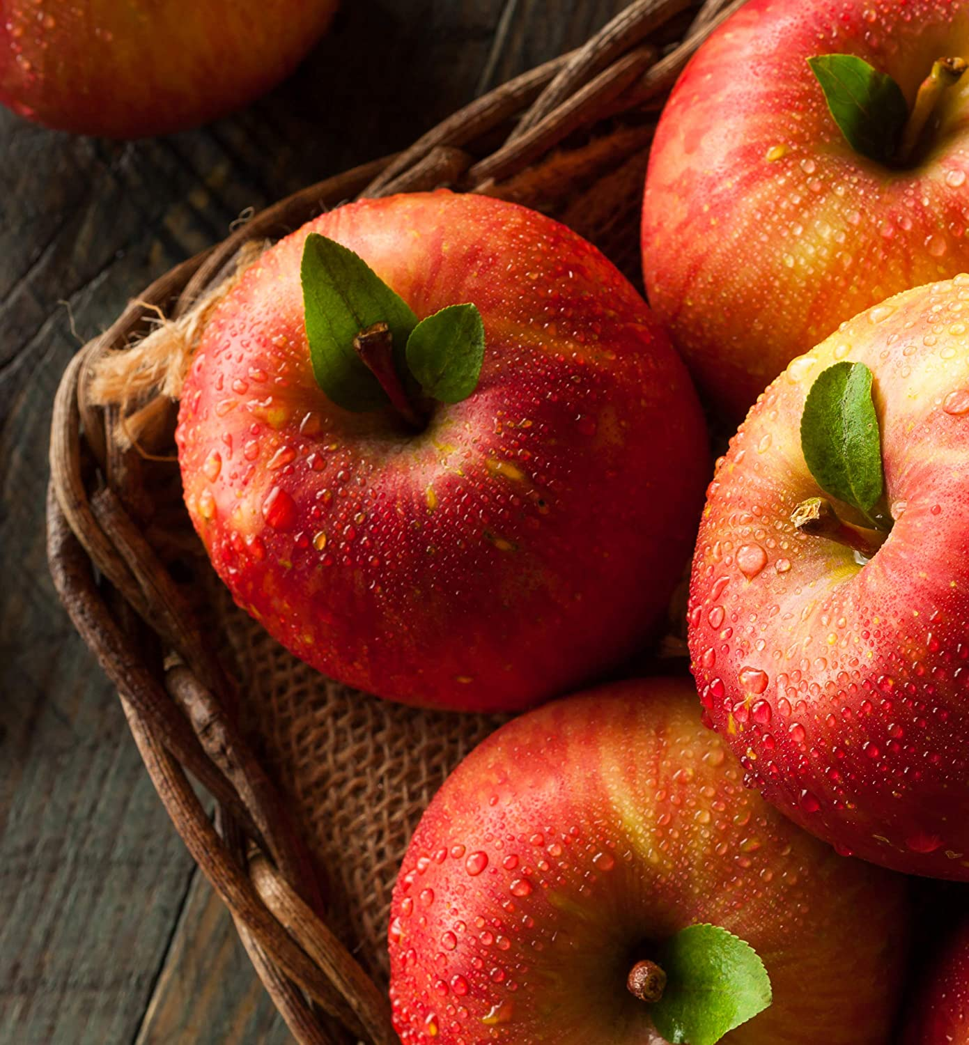 The Fruit Company Fuji Apples (Deluxe- 15 pc)- 15 premium fresh Fuji apples hand-packed and shipped directly from our Hood River, Oregon headquarters
