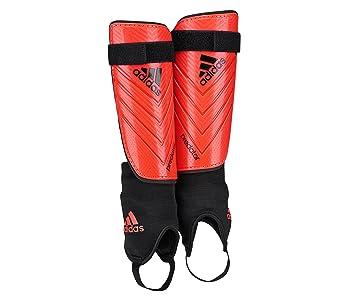 watch af74a 63e75 Espinilleras Adidas Predator Club -Rojo-  Amazon.es  Deportes y aire libre