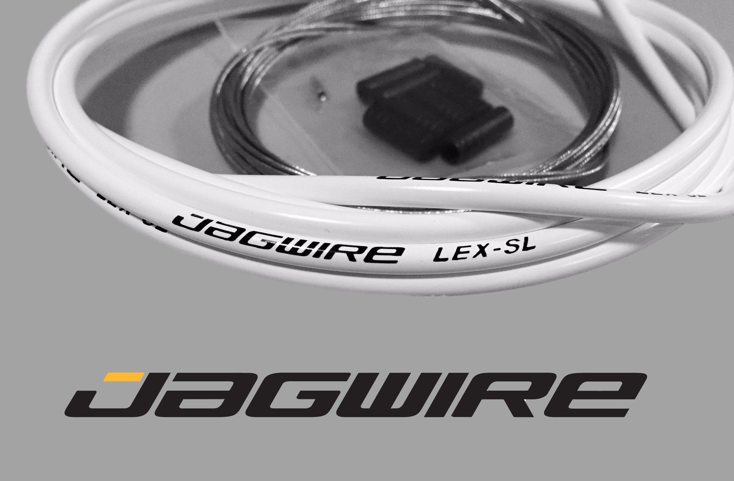 JAGWIRE MOUNTAIN SHOP KIT - Shifter / Derailleur Cable & Housing Kit - WHITE - SRAM/Shimano MTB by Jagwire (Image #2)