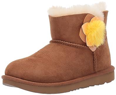 b20652575006 UGG Girls  K Mini Bailey II Cactus Flower Fashion Boot Chestnut 1 M US  Little