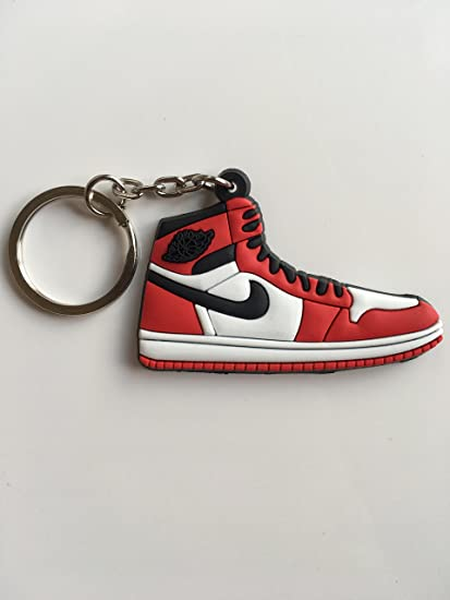 8732880be350e0 Amazon.com   Jordan Retro 1 OG Chicago Sneaker Keychain Shoes Keyring AJ 23    Sports   Outdoors