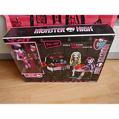 Monster High Die-Ner Playset With Draculaura and Operetta Dolls: Toys & Games