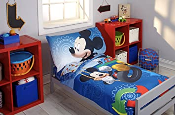 Charming Disney Mickey Mouse Clubhouse Bedding Set And Night Light   Toddler