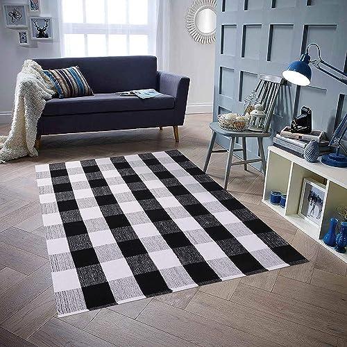 Homcomoda Cotton Plaid Checkered Area Rug 5 X7 Hand Braided Floor Rug Runner Washable Carpet for Living Room Plaid-Black and White