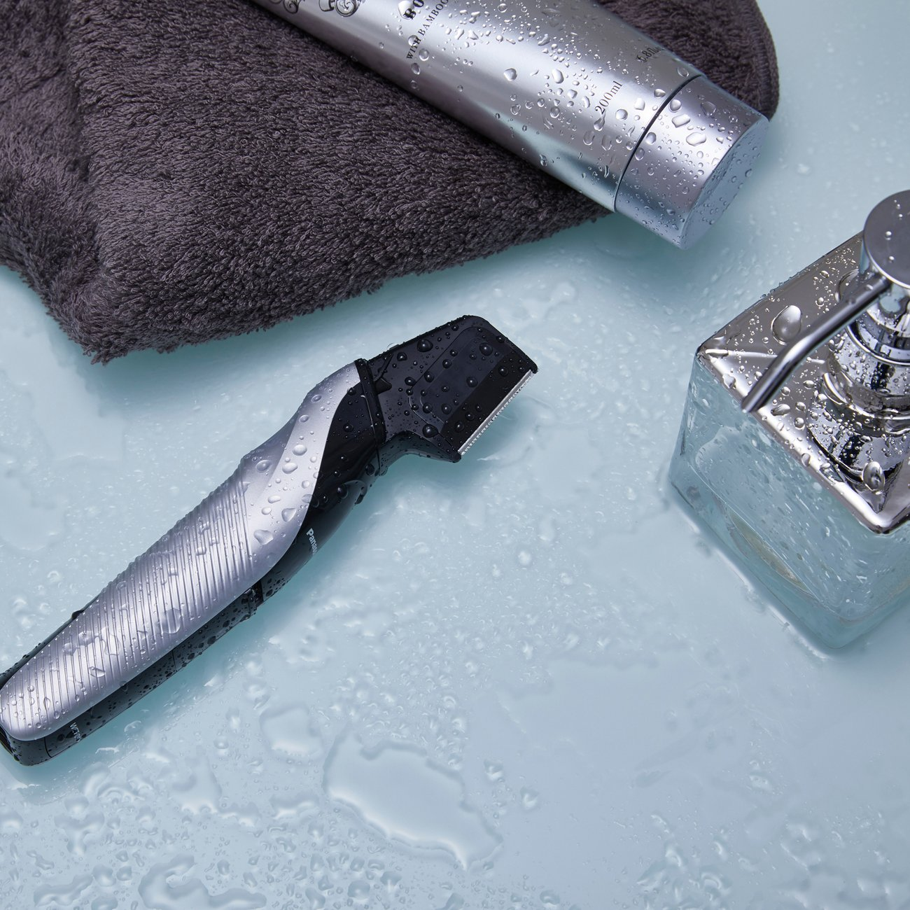 Panasonic Cordless Electric Body Hair Trimmer with Waterproof Design, ER-GK60-S by Panasonic (Image #12)