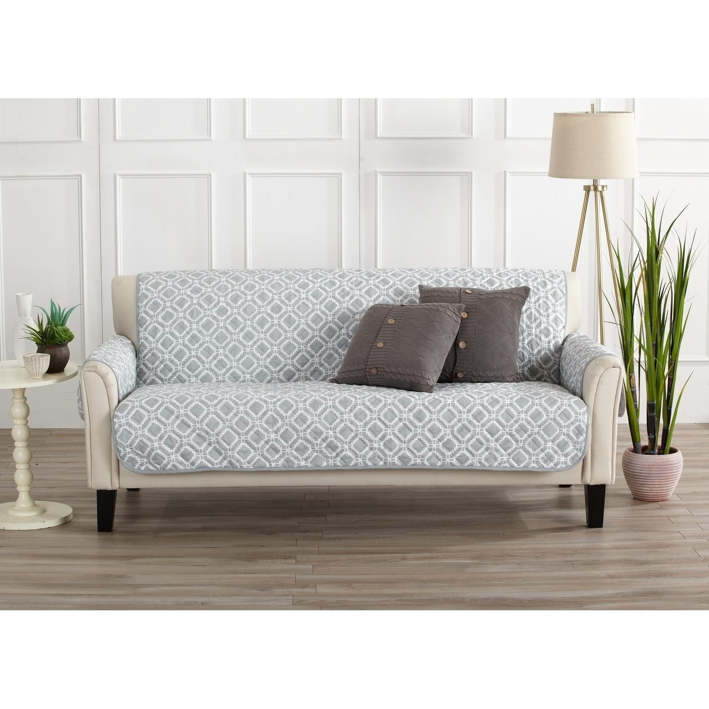 MN 1 Piece Storm Grey Geometric Sofa Protector, Gray Medallion Diamond Shape Pattern Circle Dot Ikat Jacquard Modern Sleek Trendy Couch Protection Cover Pets Animals Covers, Polyester