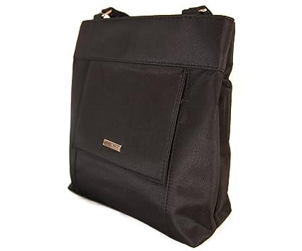 4d33f9cedbfaf Un sac bandoulière chic transformable en sac à dos, ultra- pratique avec de  nombreuses