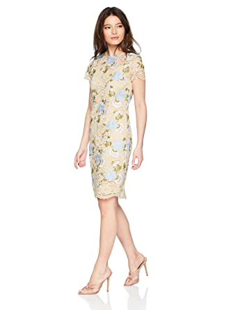 0878101b54333 Calvin Klein Women s Petite Floral Lace Sheath with Short Sleeves Dress at  Amazon Women s Clothing store