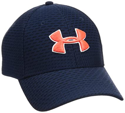 f0735a1f72c Amazon.com  Under Armour Men s Printed Blitzing 3.0 Stretch Fit Cap ...