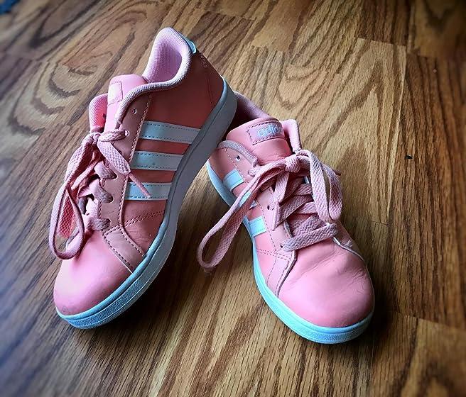 adidas Kids' Baseline K Sneaker Very cute
