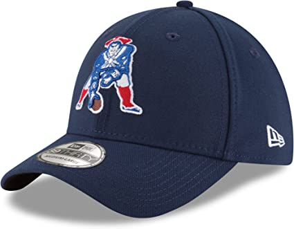 Amazon Com New Era New England Patriots Throwback Logo Team Classic 39thirty Flex Hat Navy S M Clothing