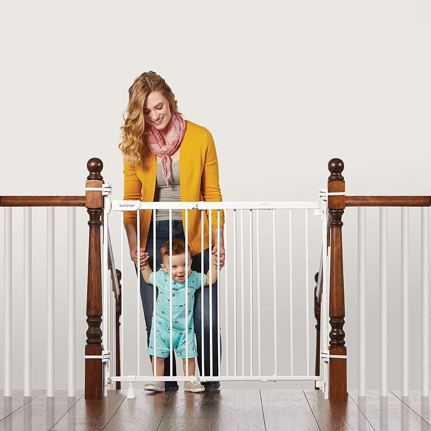 "Summer Infant 27903Z Banister & Stair Safety Gate with Extra Wide Door, Metal, 31"" - 46"", White, 31-46"""