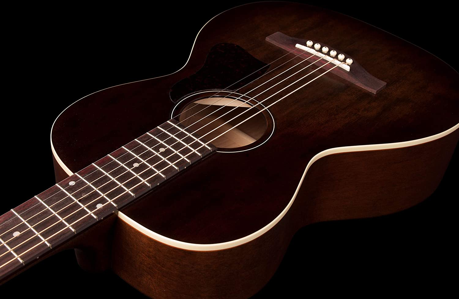 Bourbon Burst Art /& Lutherie Roadhouse Parlor Acoustic Guitar with Fishman Sonitone