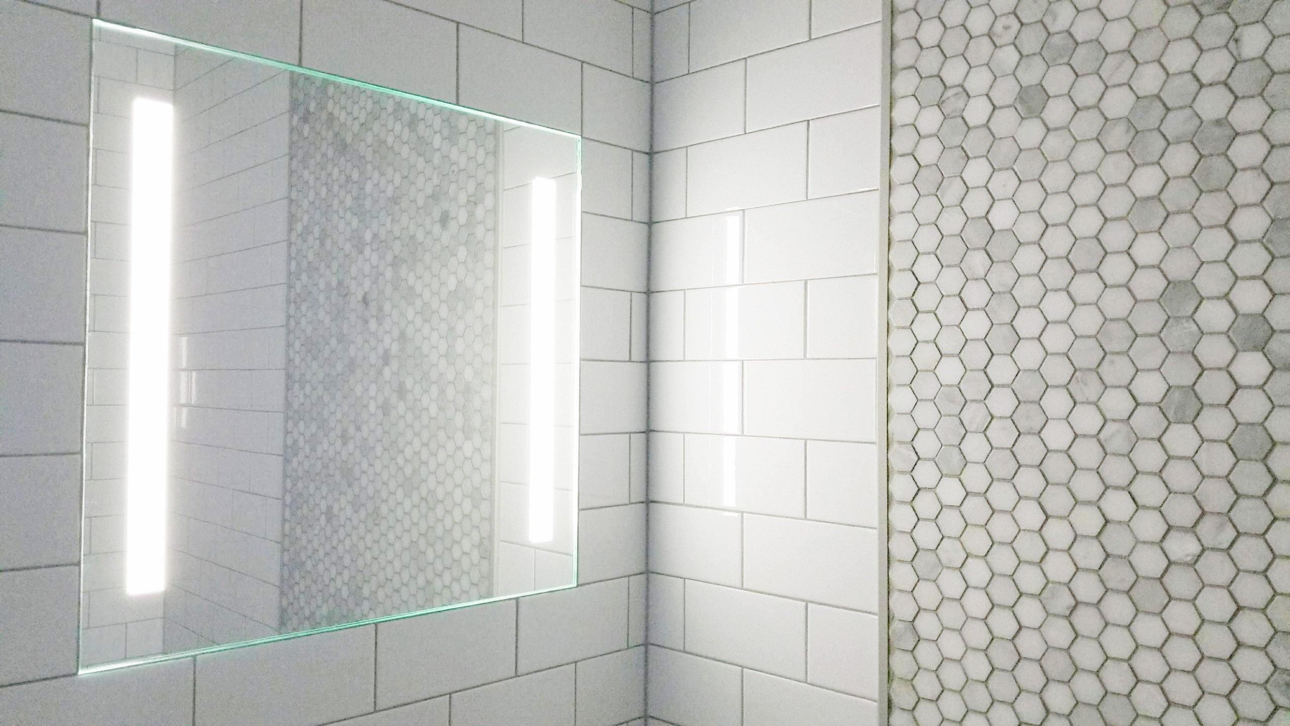 ClearMirror Showerlite (18x18) by ClearMirror (Image #4)