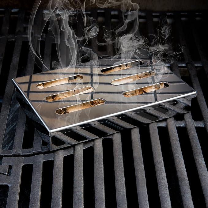 Blumtal Caja para Ahumar de Acero Inoxidable - Ahumador, Smoker Box para Barbacoas de Gas, Carbón y Leña | Apta Lavavajillas, Accesorios para Barbacoa: Amazon.es: Jardín