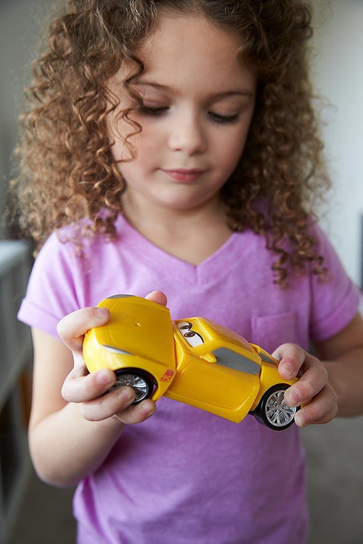 Disney Pixar Cars 3 Race /& Reck Cruz Ramirez Vehicle Mattel DYW40