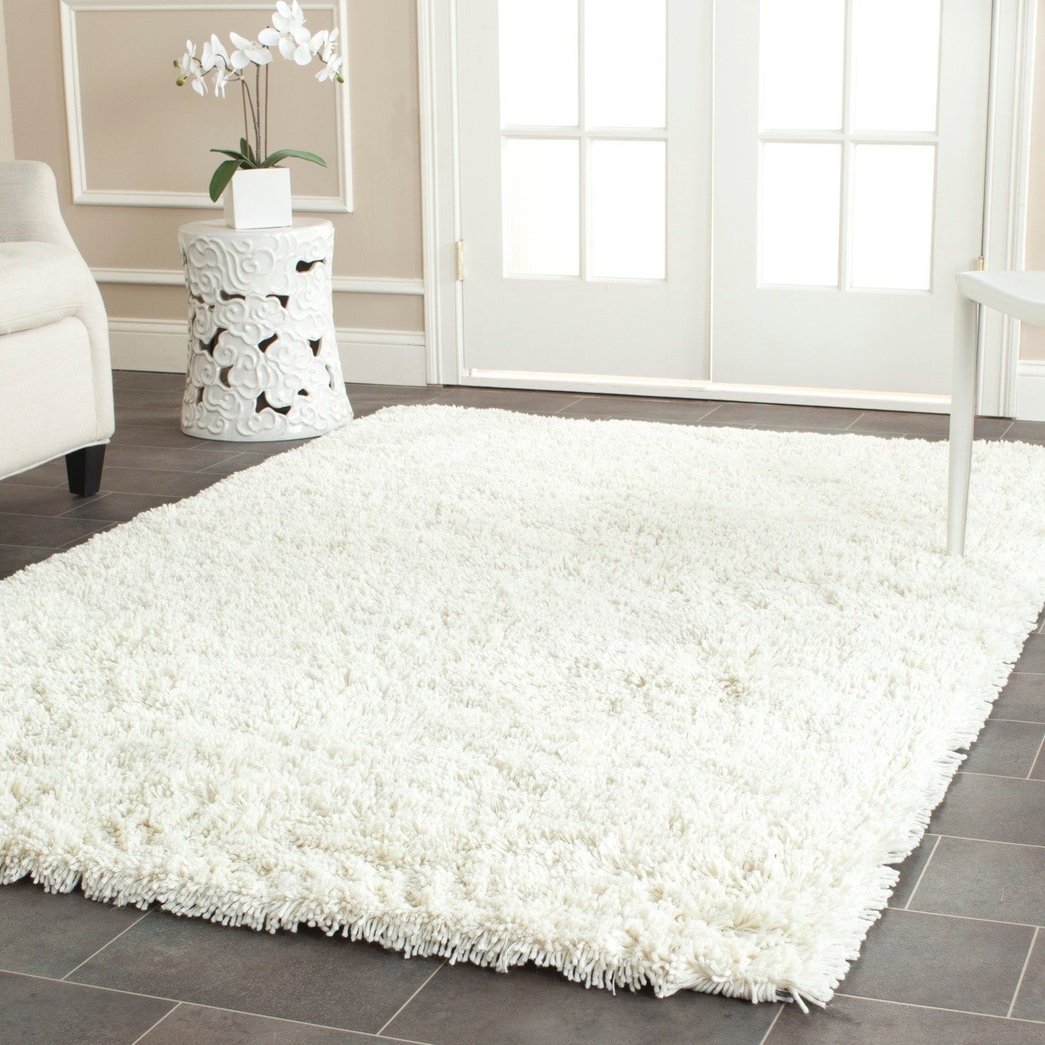 Safavieh Classic Shag Collection SG240V Handmade Ivory Area Rug (6' x 9') by Safavieh