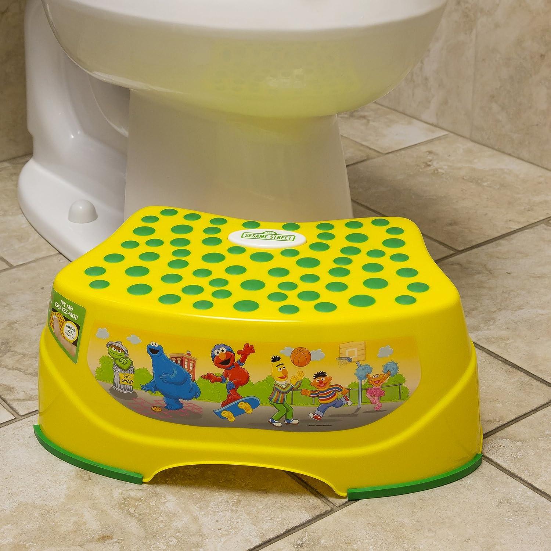 & Amazon.com : Sesame Street Step N Glow Light-Up Step Stool : Baby islam-shia.org