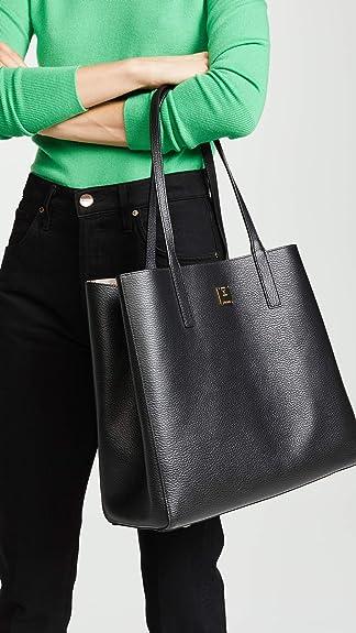 689ab67c73 Amazon.com  MCM Womens Wandel Shopper Medium Black One Size  Clothing