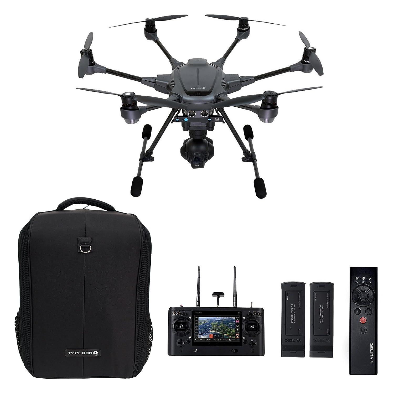 Saya sendiri sudah cukup lama berhasrat memiliki sebuah drone namun ada satu permasalahan paling mendasar yang menahan keinginan itu ukuran drone yang