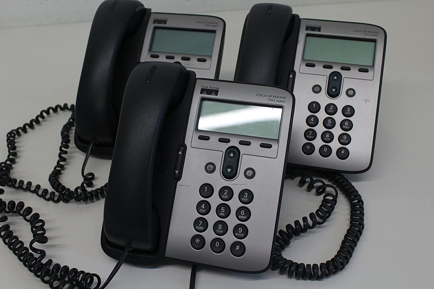 Cisco VOIP Unified IP Phone - CP-7905G POE, Requires Cisco CallManager