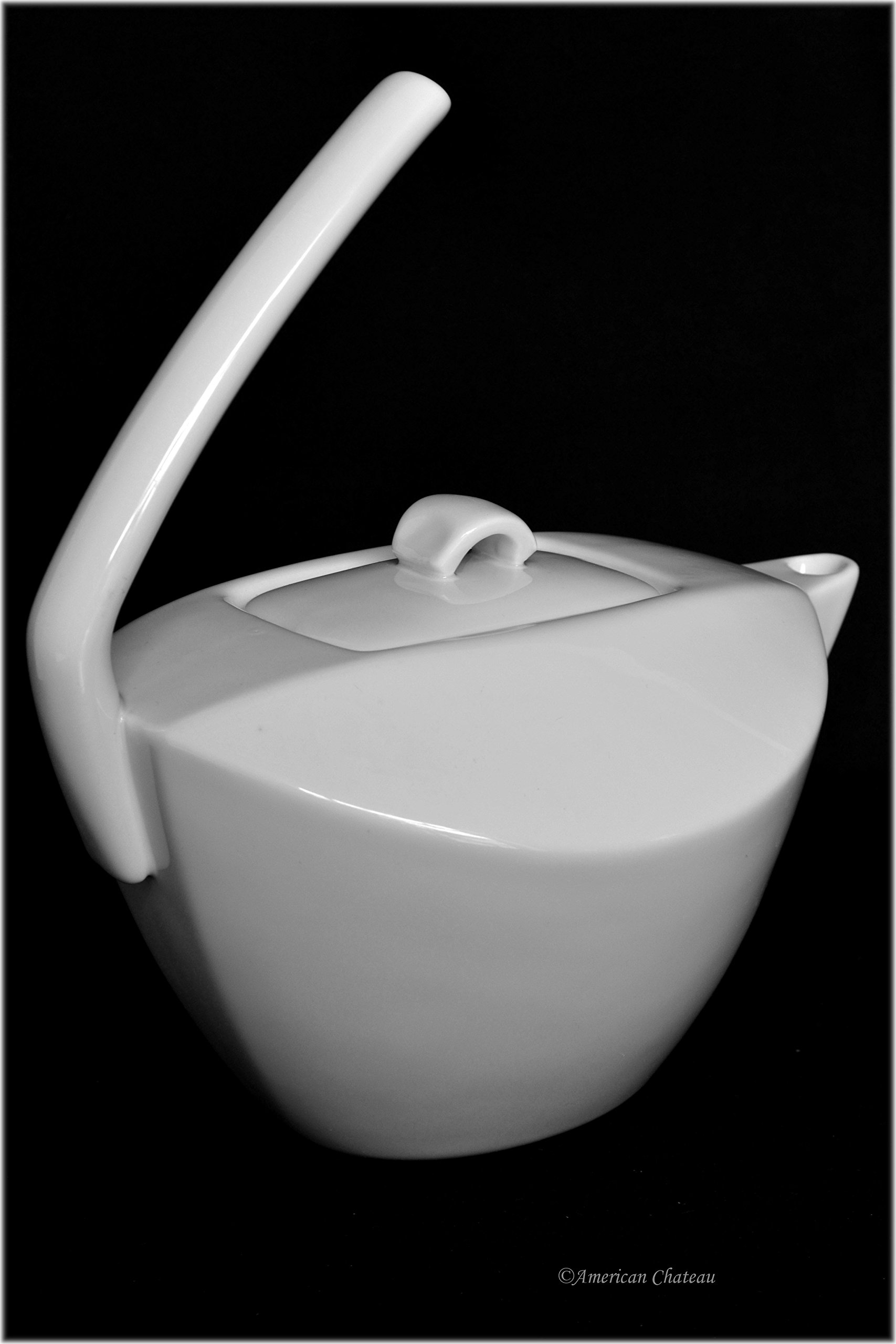 Modern Asian 32oz White Porcelain Hotel-Style Teapot with Lid and Funky Handle