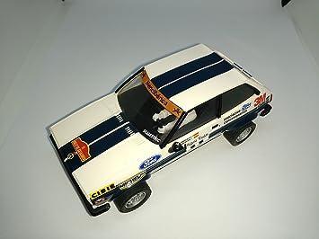 Desconocido Scalextric Ford Fiesta 3m altaya Coches miticos: Amazon.es: Juguetes y juegos