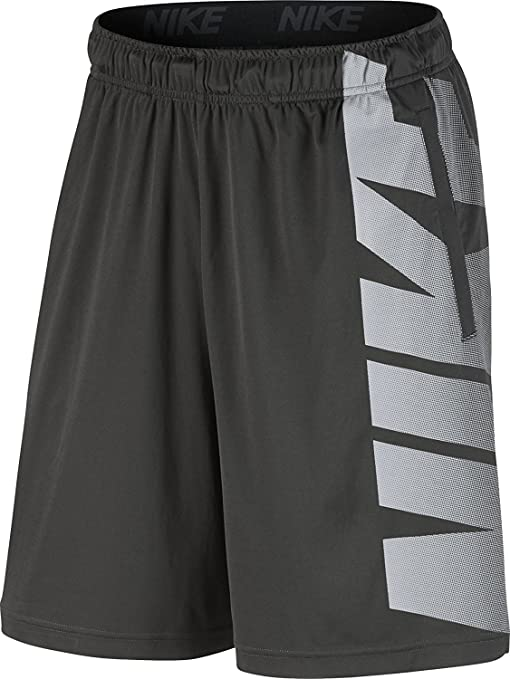 f60e487a6 Amazon.com: Nike Men's Dry Training Shorts: Sports & Outdoors