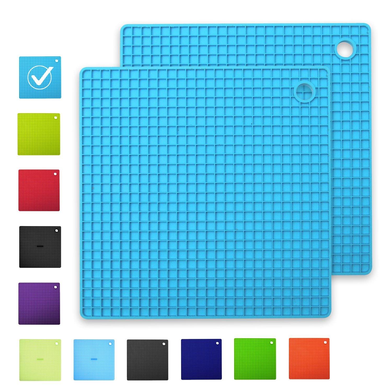 INNOKA [2-Pack Silicone Pot Holders Trivet Mats Heat Resistant to 482°F, Non-Slip, Insulation, Durable, Flextible Hot Pads [Square Shape] (7.3'' x 7.3''), Light Blue