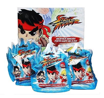 Amazon.com: Capcom Street Fighter 24 Mochila percha de ropa ...