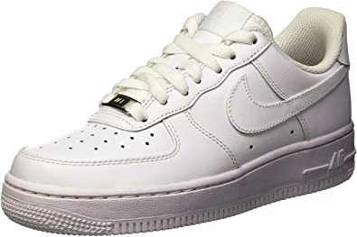 Nike Women's Air Force 1 '07 (5, White/White)