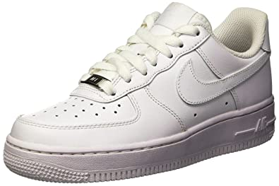 low cost 11c4d df1e8 Nike Damen WMNS AIR Force 1 07 Sneakers, Weiß: Amazon.de: Schuhe ...