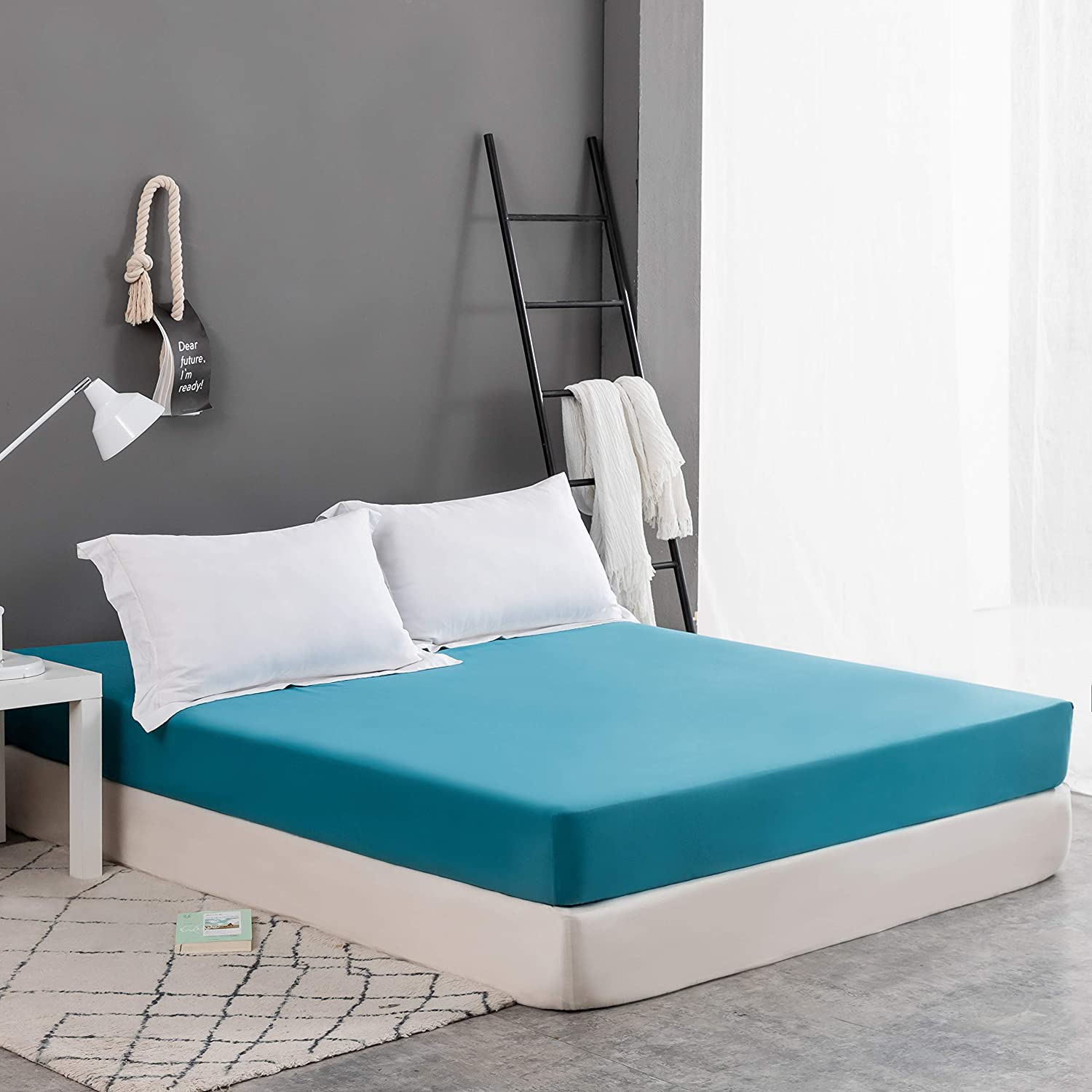 Breathable Tight Fit Brushed Microfiber 1800 Wrinkle and Fade Resistant Fits Mattress up to 16 Queen Mohap Fitted Sheet Queen Wide Rubber Band Deep Pocket White Durable