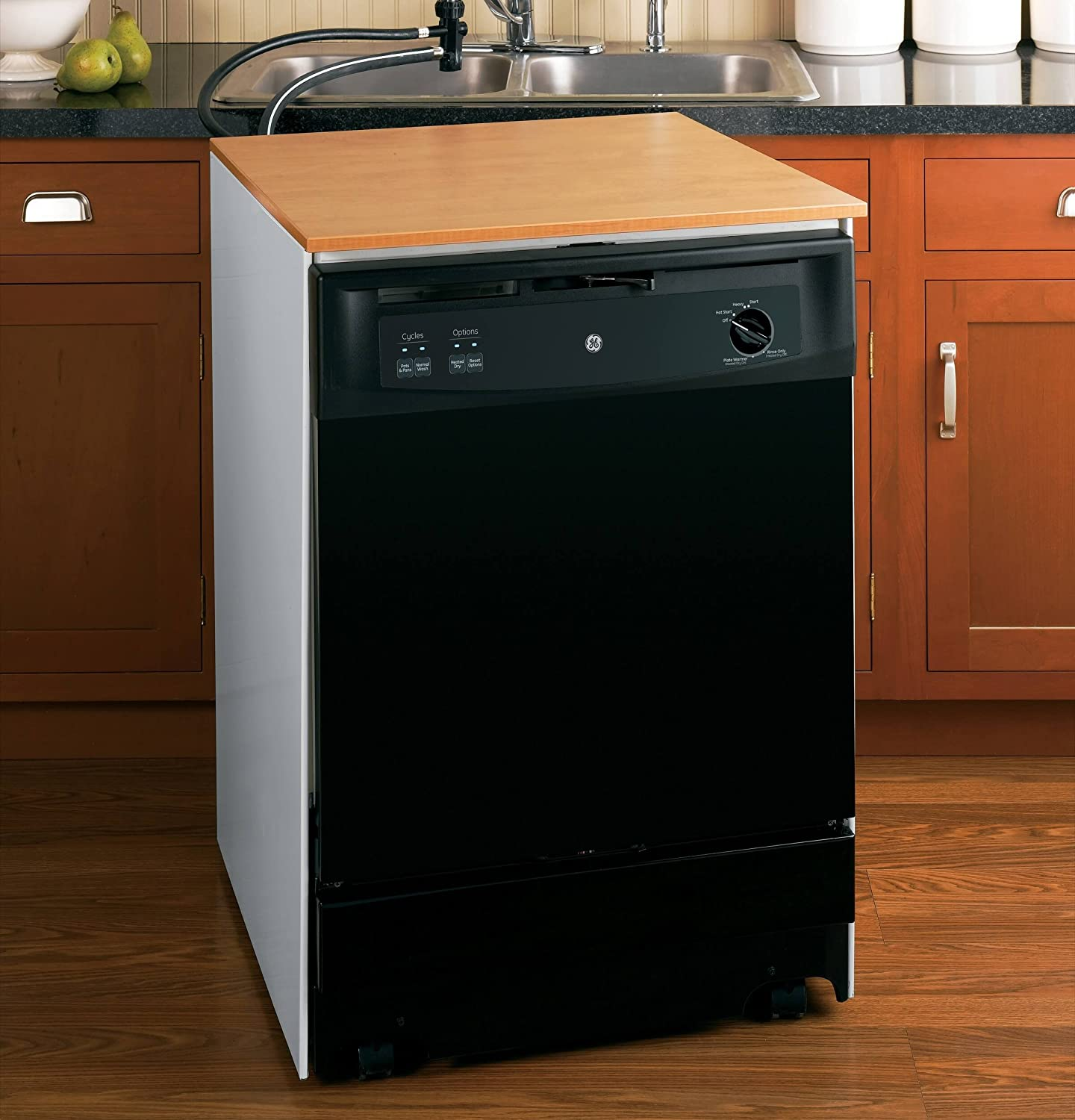 "Amazon.com: GE GSC3500DBB 24"" Black Portable Full Console Dishwasher -  Energy Star: Appliances"
