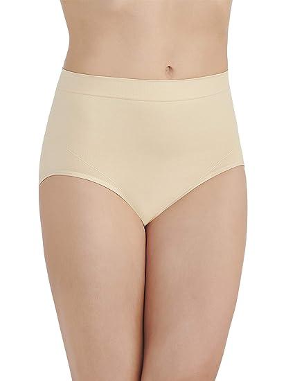c95949fc2 Vanity Fair Women s Smoothing Comfort Seamless Brief Panty 13264 at ...