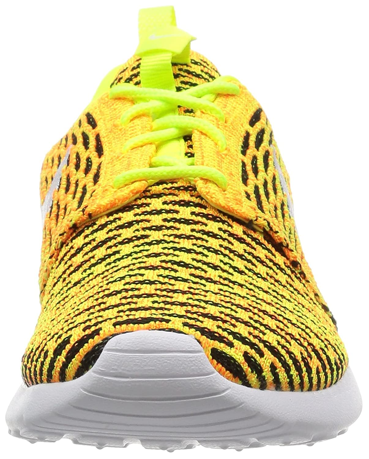 more photos 10b6f f3a40 Amazon.com   Nike Women s Roshe One Flyknit Low-Top Sneakers   Road Running