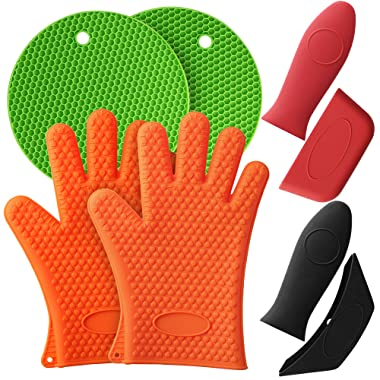 Mirandus Pack of 8 Heat Resistant Silicone Kitchen Tools & Accessories –1 Pair of Oven Gloves, 2 Trivet Mats, 2 Pan Handle Covers & 2 Assist Handle Holders for BBQ, Cooking & Baking - Dishwasher Safe
