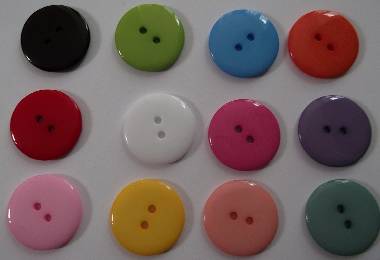 25 x Large 23mm Plain Round Resin Sewing Buttons for Knitting, Arts, Crafts and Clothes (Black) HOUSWEETY