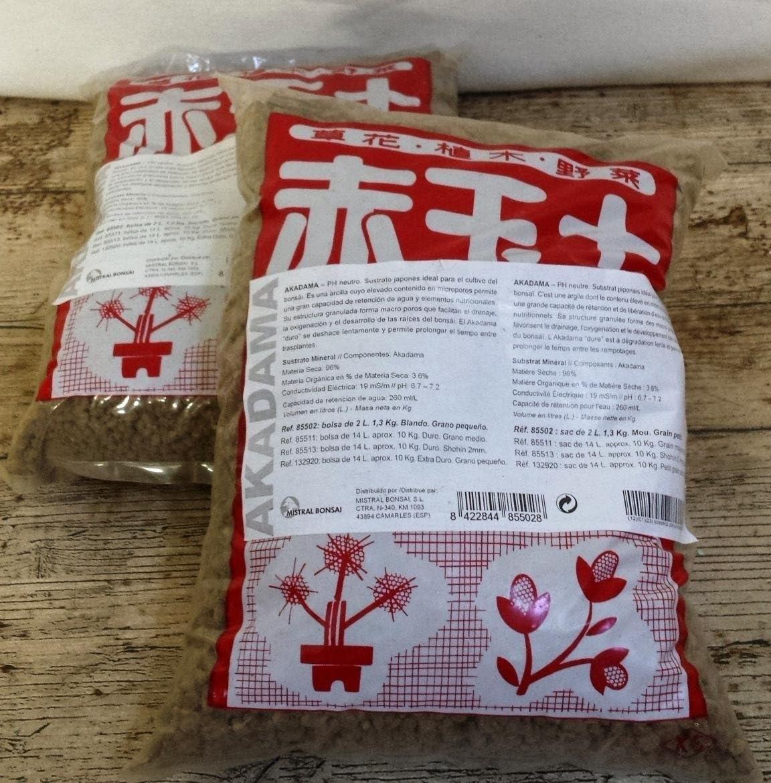 Flores Frescas Online Tierra Akadama Premium para Bonsai 2 litros Portes Gratis