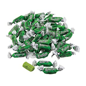 Fun Express - Green Apple Mini Tootsie Roll Frooties for Wedding - Edibles - Soft & Chewy Candy - Taffy & Marshmallow - Wedding - 360 Pieces